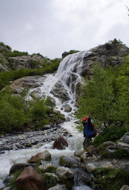 водопад алибек на домбае