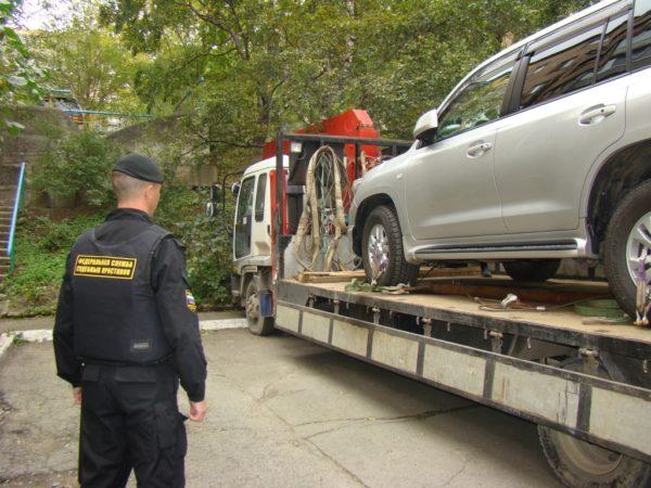 Арестовали машину, что делать?