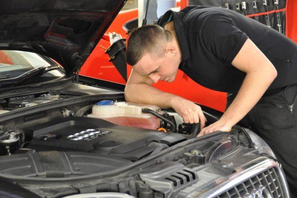 Как проверить двигатель автомобиля перед покупкой