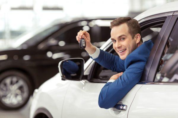 Можно ли поставить машину на учет, если она снята оттуда, и как это сделать?