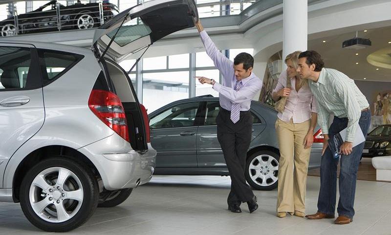 Как купить новый автомобиль в салоне?