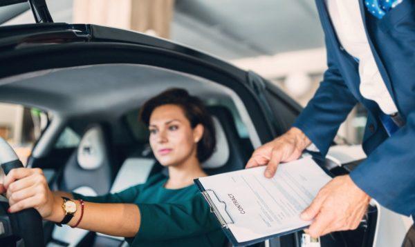 Если машину купили и обнаружили, что ее сняли с учета: что предпринять?