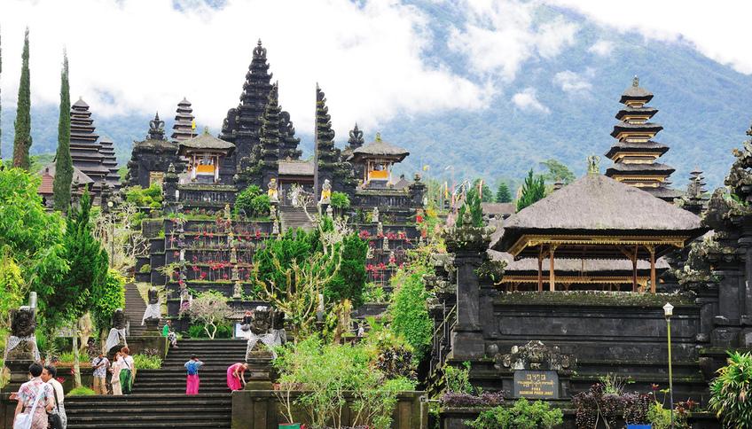 Достопримечательности Индонезии: фото с названиями и описанием