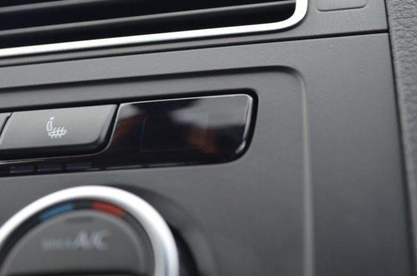 Как убрать царапины на пластике автомобиля самостоятельно: инструкция, эффективные методы и способы