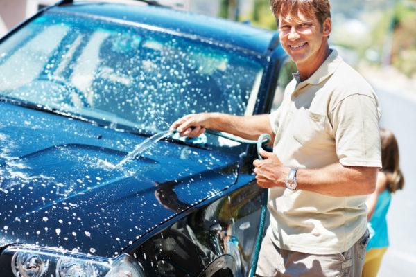 Как убрать рыжики и ржавчину с кузова автомобиля: способы удаления коррозии на автомобиле