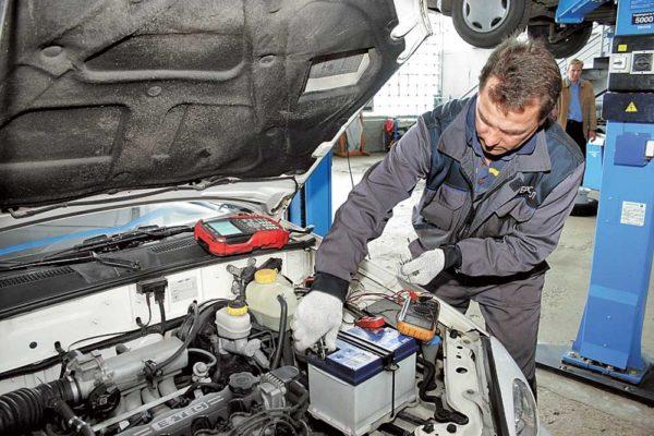 Стоит ли снимать аккумулятор зимой в сильные морозы: как хранить аккумулятор зимой