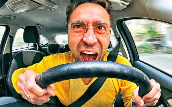 Как защитить водителя и пассажиров от жары в автомобиле?