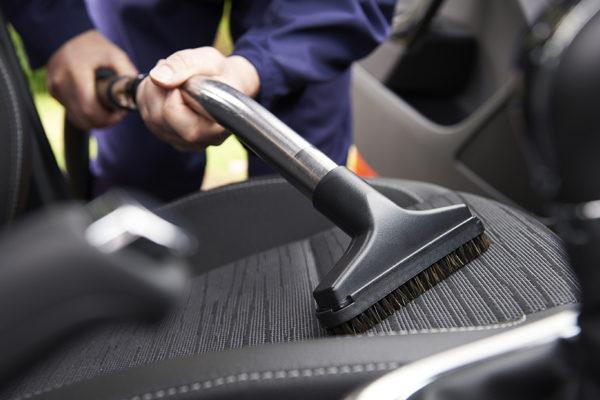 Генеральная уборка в автомобиле: приводим авто полный порядок