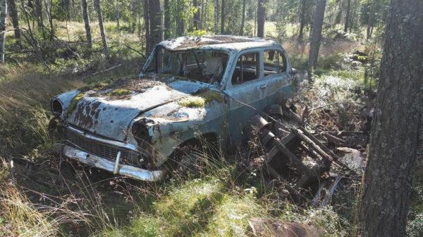 Советские ВАЗы в лесу Финляндии — почему их там бросили