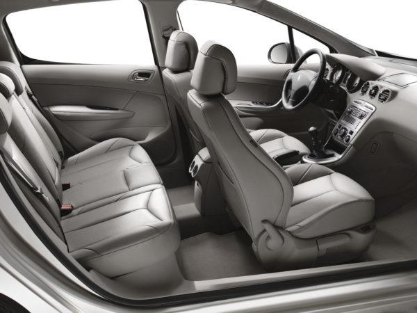 Стоит ли покупать Peugeot 308 с пробегом