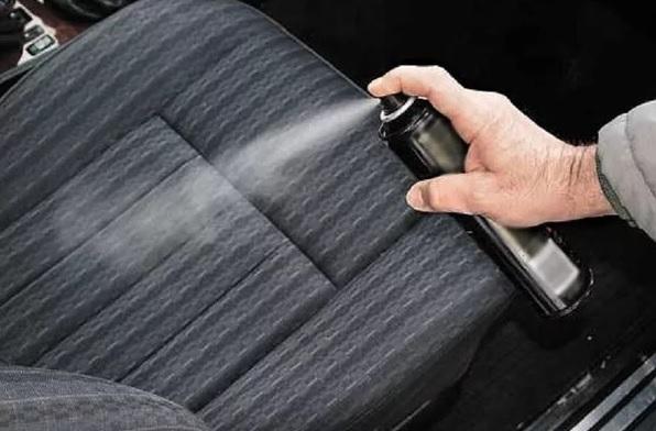Автомобиль бьет током: как избежать статического разр