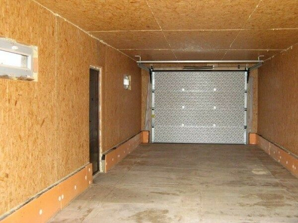 Как недорого утеплить гараж изнутри своими руками