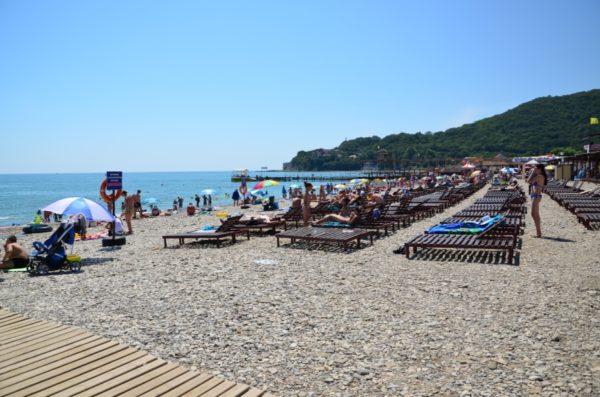Выбираем самые чистые пляжи Черного моря для отпуска с ребенком