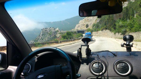 Поездка на машине в Крым: что стоит учесть