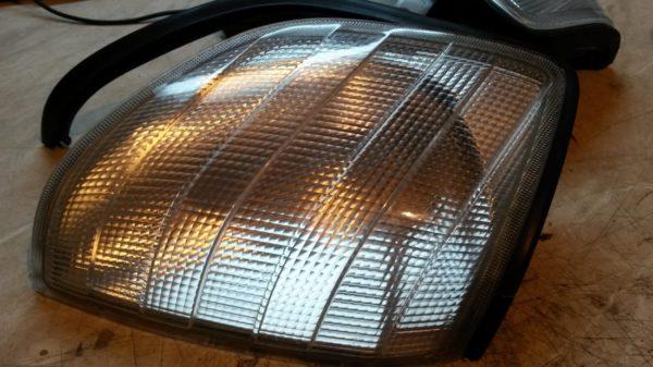 Как восстановить стекло фары на автомобиле своими руками: лучшие варианты