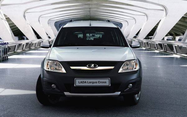 Можно ли купить надежную машину за 300000 рублей: рейтинг лучших вариантов