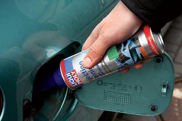 Какой очиститель форсунок инжектора выбрать: подборка лучших составов