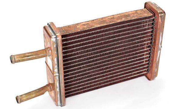 Отличительные особенности медного и алюминиевого радиатора и советы по выбору печки