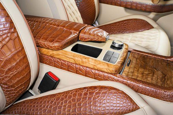 Способы ремонта кожаных сидений и салона из кожи в машине