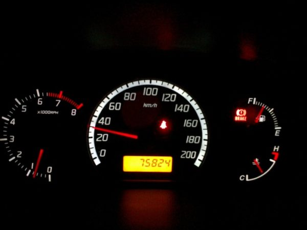 скорость до 30 км/час