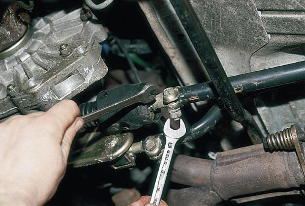 Наиболее частые причины плохого переключения коробки передач на механике
