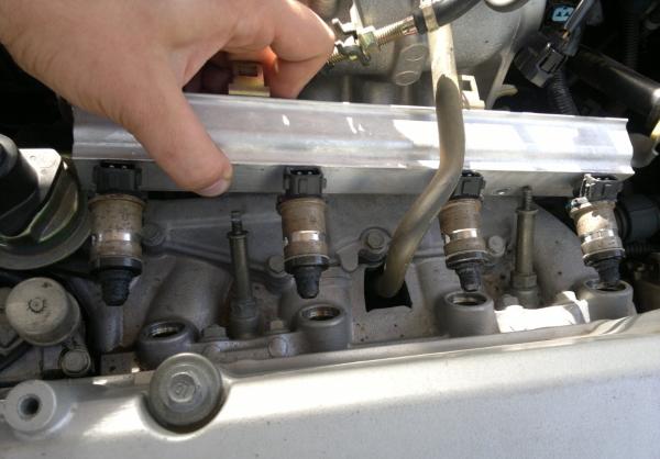 Можно ли промыть форсунки двигателя своими руками