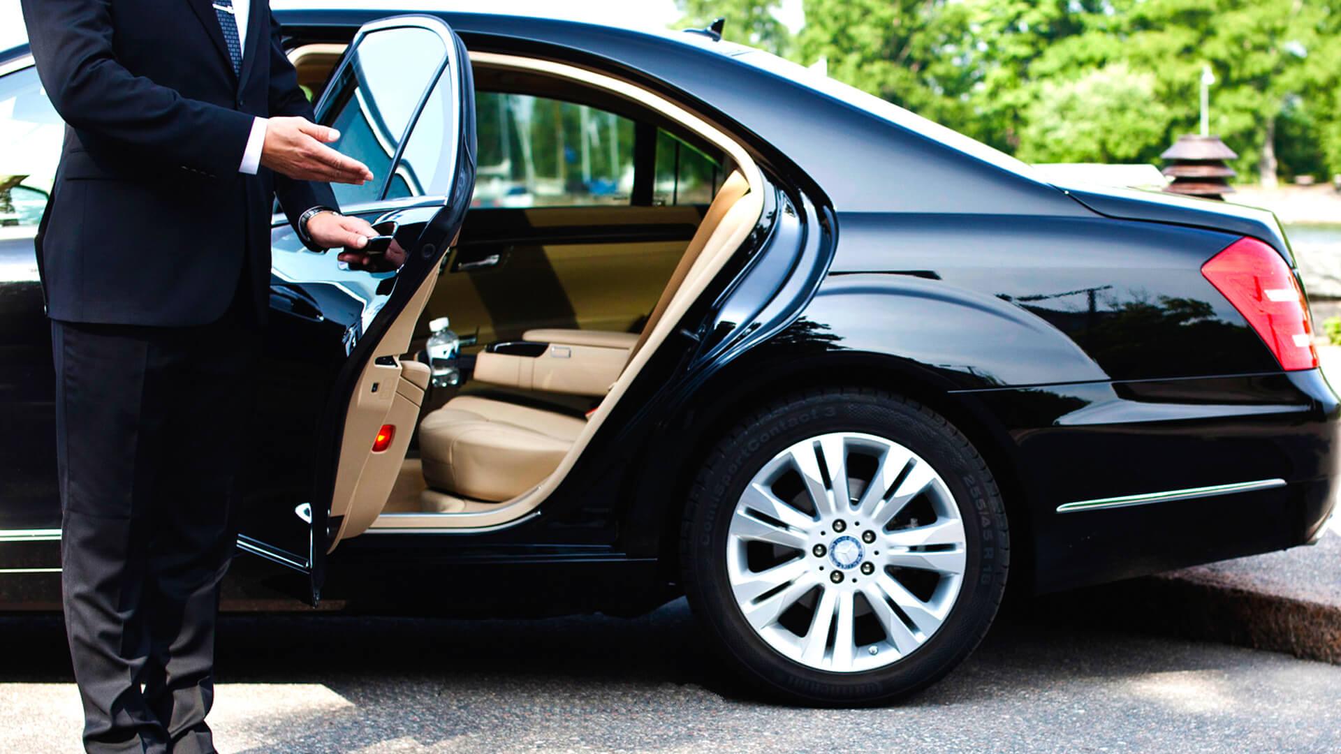 прокат элитного авто в москве с водителем